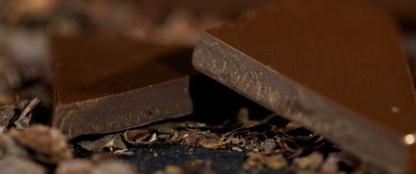 Csokoládé darabkák